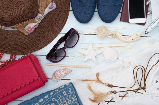 How To Be A Savvy Shopper & Survive Summers In The East?
